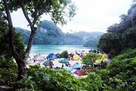 Paket Wisata Bromo Malang Pulau Sempu 3 Hari 2 Malam