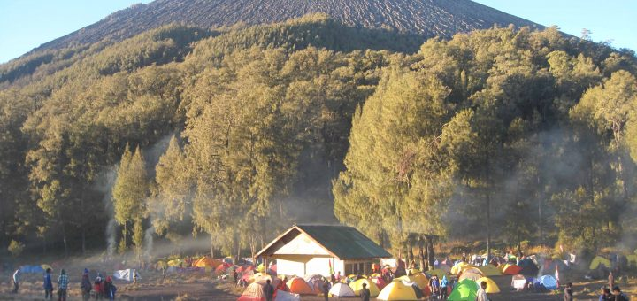 Mount Semeru Trekking Tour Package 4 Days