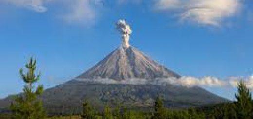 Mount Semeru Trekking Bromo Tour Package 5 Days